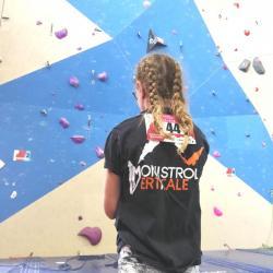 Sasha devant ses voies
